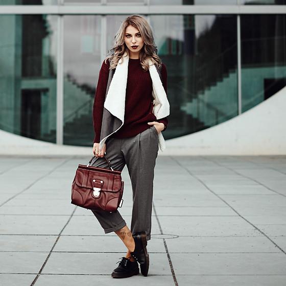 4239334_maxmotel_masha_sedgwick_02_outfit2_0233