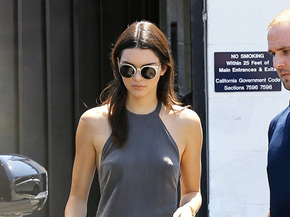 kendall-jenner-shows-nipples-braless-sexy-sun-dress-ftr